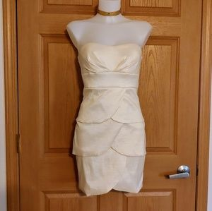 Mystic Strapless Off White Tiered Dress